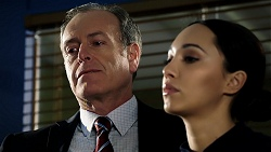 Detective Pete Shaw, Mishti Sharma in Neighbours Episode 7947