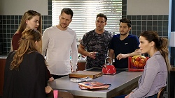 Terese Willis, Chloe Brennan, Mark Brennan, Aaron Brennan, David Tanaka, Elly Conway in Neighbours Episode 7947