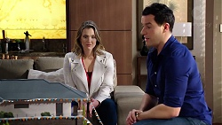 Amy Williams, Dr Rob Carson in Neighbours Episode 7949