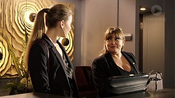Chloe Brennan, Terese Willis in Neighbours Episode 7952