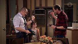 Toadie Rebecchi, Nell Rebecchi, Shane Rebecchi in Neighbours Episode 7954