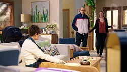 Susan Kennedy, Toadie Rebecchi, Sonya Rebecchi in Neighbours Episode 7960
