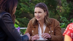 Elly Conway, Amy Williams in Neighbours Episode 7961