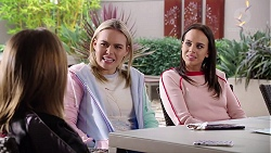 Piper Willis, Xanthe Canning, Bea Nilsson in Neighbours Episode 7961