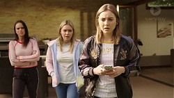 Bea Nilsson, Xanthe Canning, Piper Willis in Neighbours Episode 7962