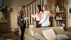 Piper Willis, Bea Nilsson, Xanthe Canning in Neighbours Episode 7962