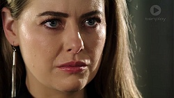 Chloe Brennan in Neighbours Episode 7962