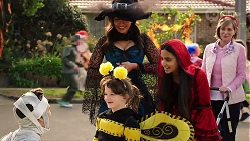 Aaron Brennan, Nell Rebecchi, Dipi Rebecchi, Kirsha Rebecchi, Alice Wells in Neighbours Episode 7963