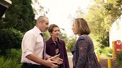 Toadie Rebecchi, Susan Kennedy, Sonya Mitchell in Neighbours Episode 7964