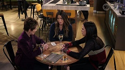 Susan Kennedy, Elly Conway, Bea Nilsson in Neighbours Episode 7965