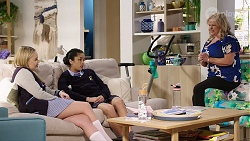 Xanthe Canning, Yashvi Rebecchi, Sheila Canning in Neighbours Episode 7965