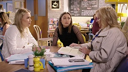 Xanthe Canning, Piper Willis, Sheila Canning in Neighbours Episode 7966