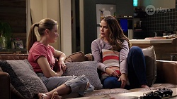 Chloe Brennan, Elly Conway in Neighbours Episode 7966