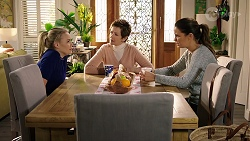 Xanthe Canning, Susan Kennedy, Elly Conway in Neighbours Episode 7969