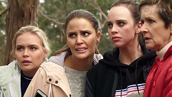Xanthe Canning, Elly Conway, Bea Nilsson, Susan Kennedy in Neighbours Episode 7969