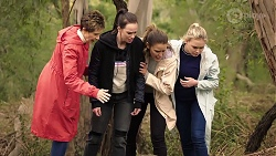 Susan Kennedy, Bea Nilsson, Elly Conway, Xanthe Canning in Neighbours Episode 7970