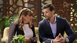 Terese Willis, Pierce Greyson in Neighbours Episode 7970
