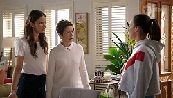 Elly Conway, Susan Kennedy, Bea Nilsson in Neighbours Episode 7971