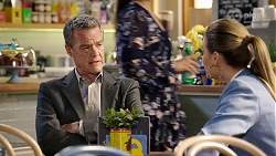Paul Robinson, Chloe Brennan in Neighbours Episode 7972