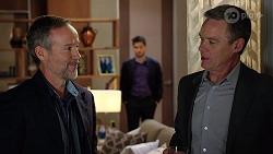 Jeremy Sluggett, David Tanaka, Paul Robinson in Neighbours Episode 7973