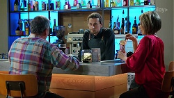 Karl Kennedy, Mike Lalor, Alice Wells in Neighbours Episode 7973