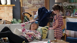 Alice Wells, Nell Rebecchi in Neighbours Episode 7973