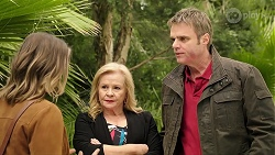 Amy Williams, Sheila Canning, Gary Canning in Neighbours Episode 7974
