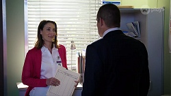 Dr Carla Taylor in Neighbours Episode 7974