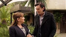 Terese Willis, Leo Tanaka in Neighbours Episode 7975