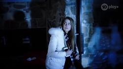 Chloe Brennan in Neighbours Episode 7975