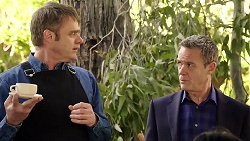 Gary Canning, Paul Robinson in Neighbours Episode 7977