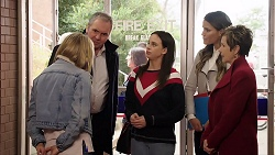 Xanthe Canning, Karl Kennedy, Bea Nilsson, Elly Conway, Susan Kennedy in Neighbours Episode 7978