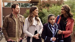 Shane Rebecchi, Elly Conway, Kirsha Rebecchi, Dipi Rebecchi in Neighbours Episode 7978
