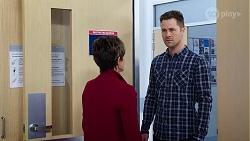 Susan Kennedy, Mark Brennan in Neighbours Episode 7979