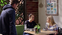 Mark Brennan, Bea Nilsson, Xanthe Canning in Neighbours Episode 7979