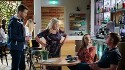Mark Brennan, Sheila Canning, Amy Williams, Gary Canning in Neighbours Episode 7979
