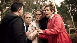 Finn Kelly, Xanthe Canning, Elly Conway, Bea Nilsson, Susan Kennedy in Neighbours Episode 7980