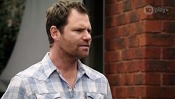 Shane Rebecchi in Neighbours Episode 7981