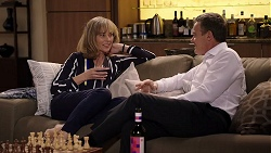 Jane Harris, Paul Robinson in Neighbours Episode 7982