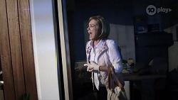 Alice Wells in Neighbours Episode 7984