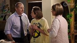 Toadie Rebecchi, Sonya Rebecchi, Alice Wells in Neighbours Episode 7984
