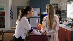 Elly Conway, Chloe Brennan in Neighbours Episode 7984