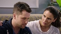 Mark Brennan, Elly Conway in Neighbours Episode 7984