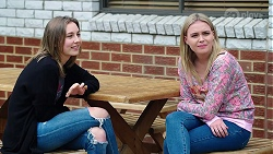 Piper Willis, Xanthe Canning in Neighbours Episode 7985