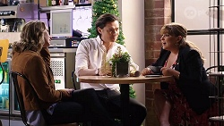 Amy Williams, Leo Tanaka, Terese Willis in Neighbours Episode 7986