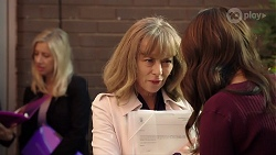 Jane Harris, Elly Conway in Neighbours Episode 7988