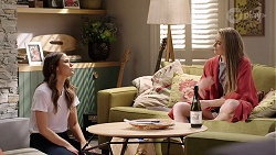 Elly Conway, Chloe Brennan in Neighbours Episode 7988