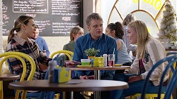 Amy Williams, Gary Canning, Xanthe Canning in Neighbours Episode 7990