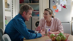 Gary Canning, Amy Williams in Neighbours Episode 7990