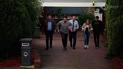Karl Kennedy, Shane Rebecchi, Toadie Rebecchi, Xanthe Canning, Ned Willis in Neighbours Episode 7990